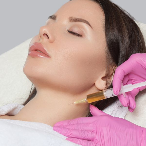 woman receiving PRP therapy